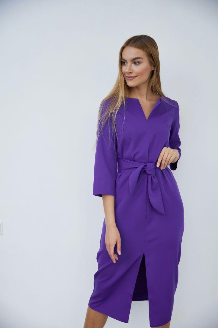 3691 Прямое платье с фигурным поясом фиолетовое