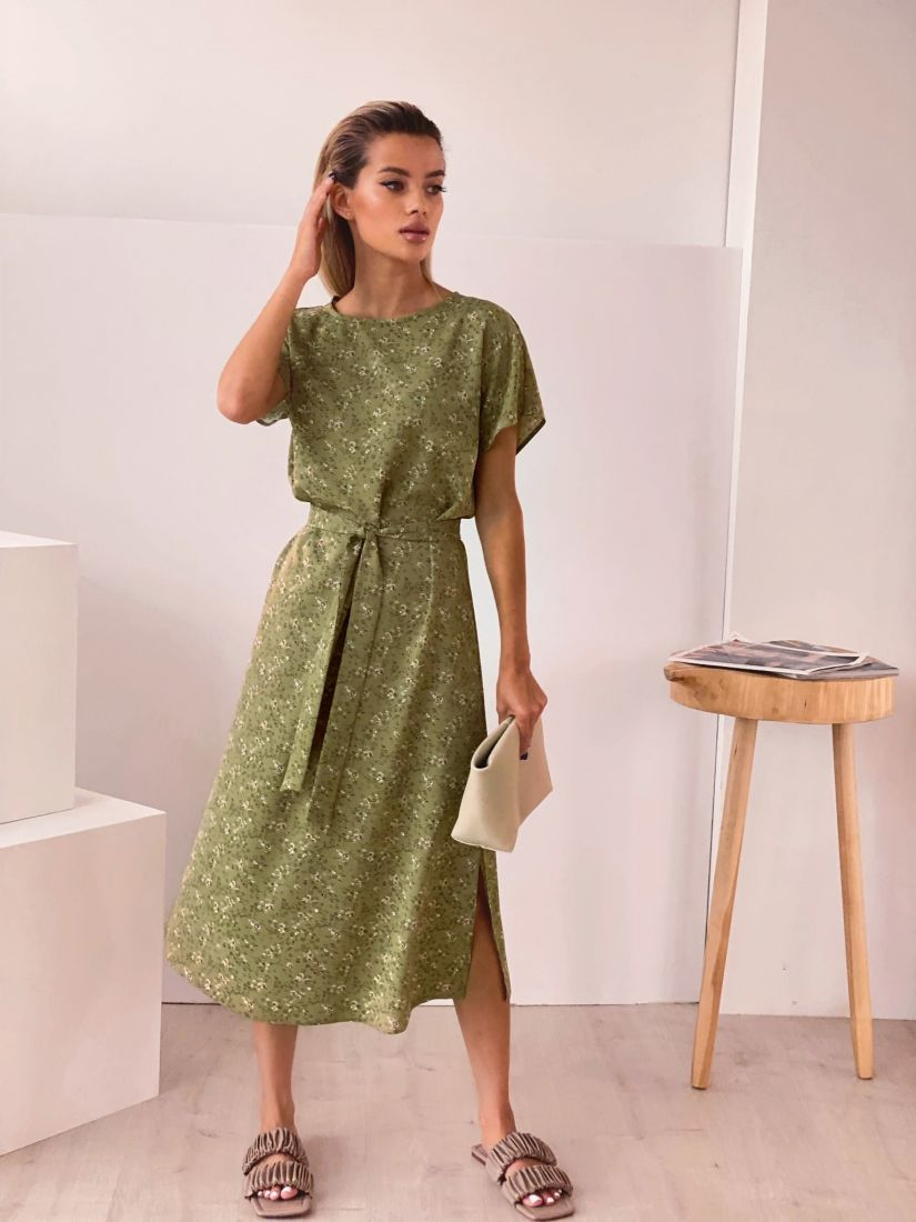 4436 Платье оливковое с мелкими цветочками