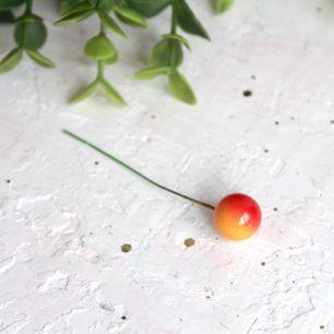 Ягодки на веточке желто-красные, 12 мм., 5 штук