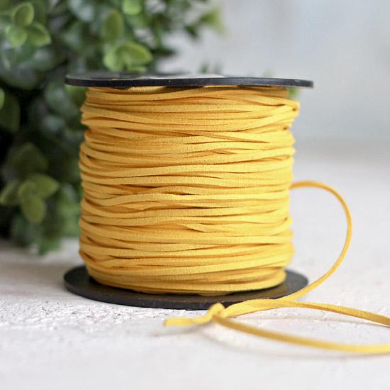 Шнур замшевый 2,5*2 мм. желтый, 1 м.п.
