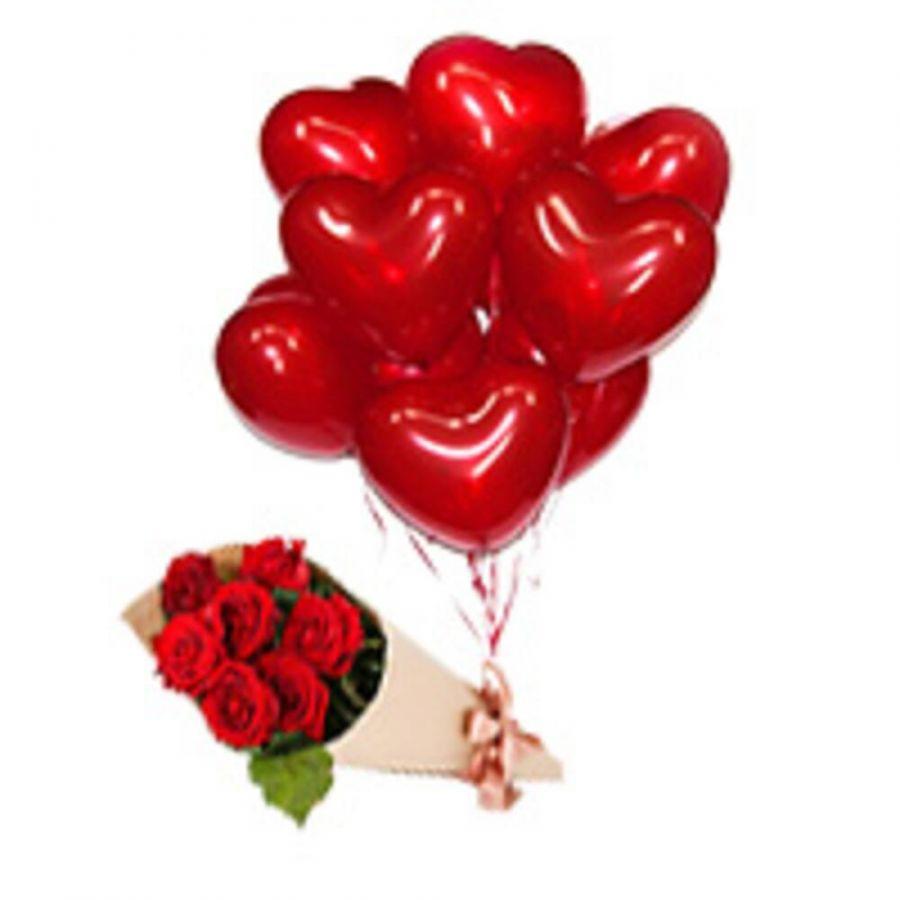 Букет из 7 роз и 10 красных шариков сердец