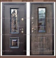 Входная дверь Ковка Лесной орех со стеклопакетом 100 мм  Россия