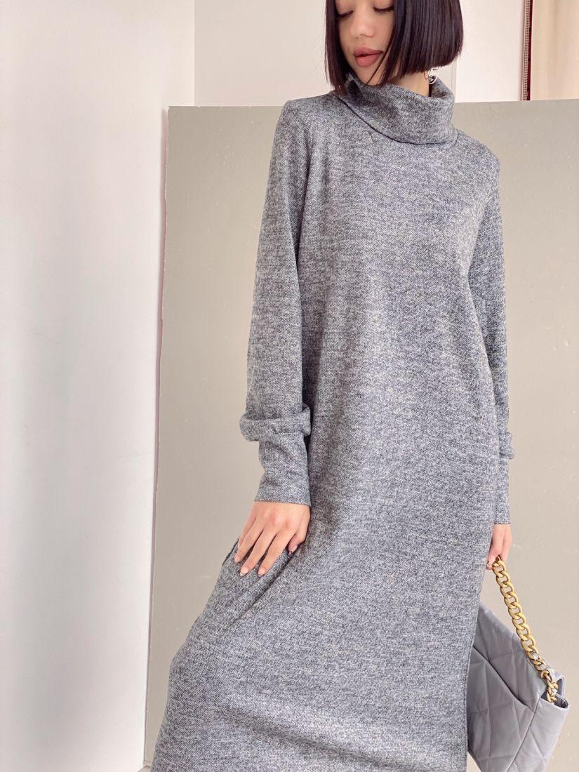 3474 Платье трикотажное с объёмными рукавами в цвете графит