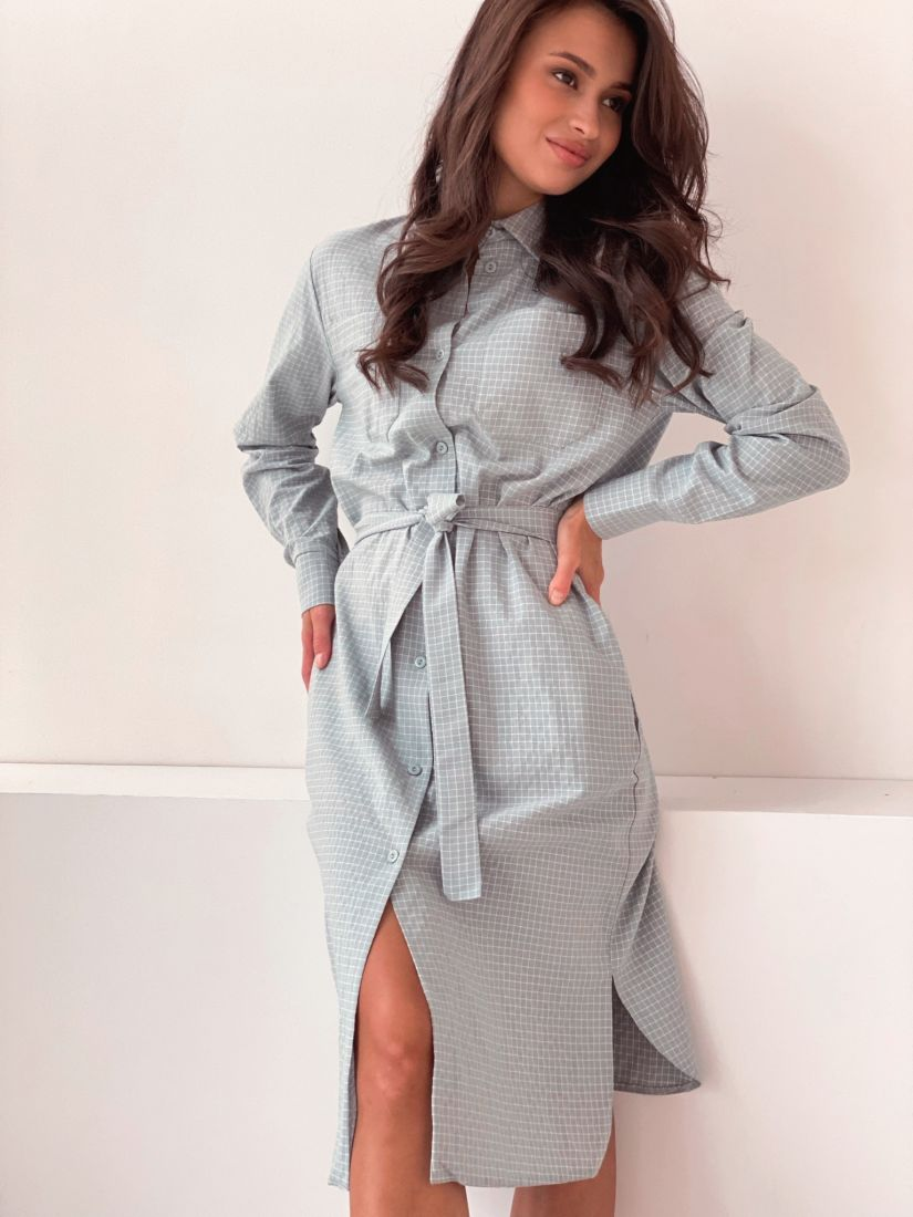 2896 Платье-рубашка со скошенным плечом фисташковое в клетку