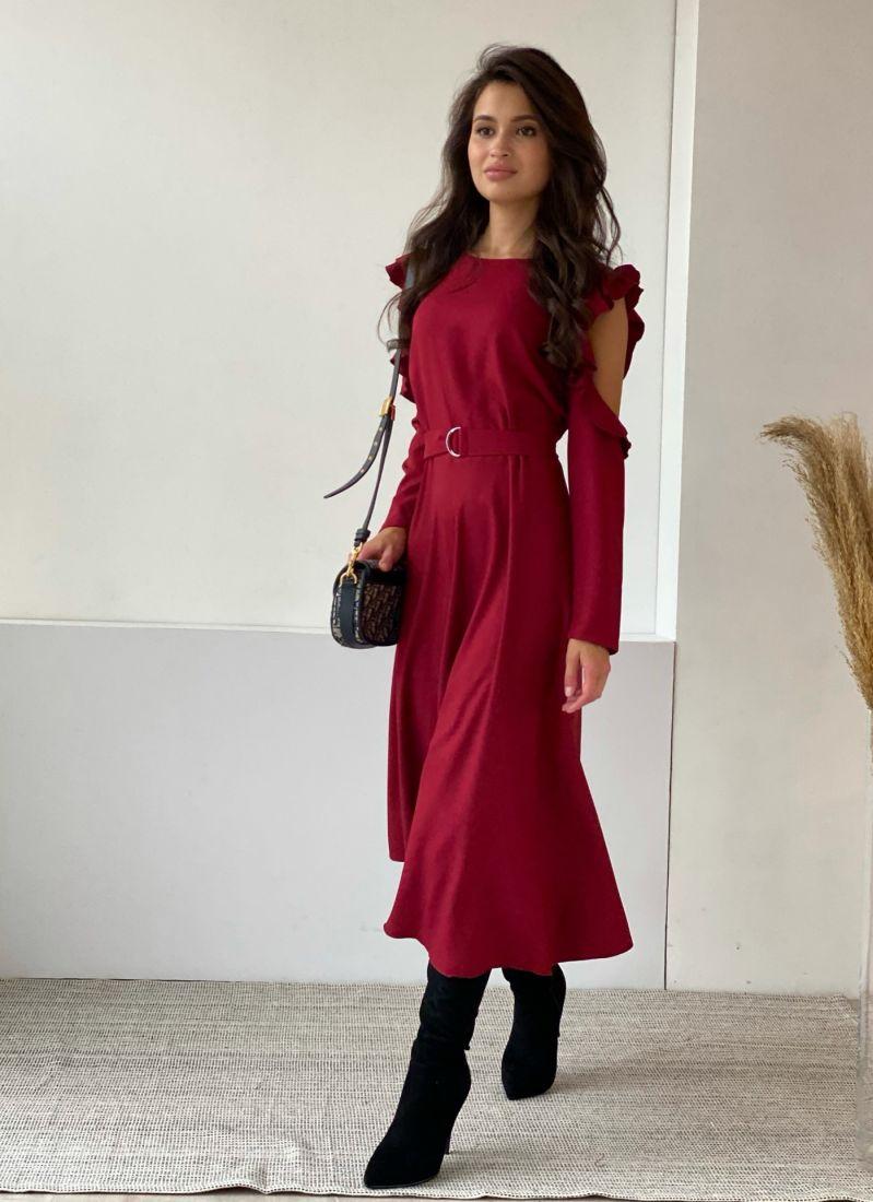 3491 Платье из микрошифона с открытыми плечами ягодное