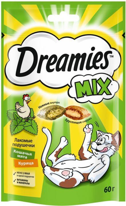 Dreamies 60г лакомые подушечки Микс с курицей и мятой
