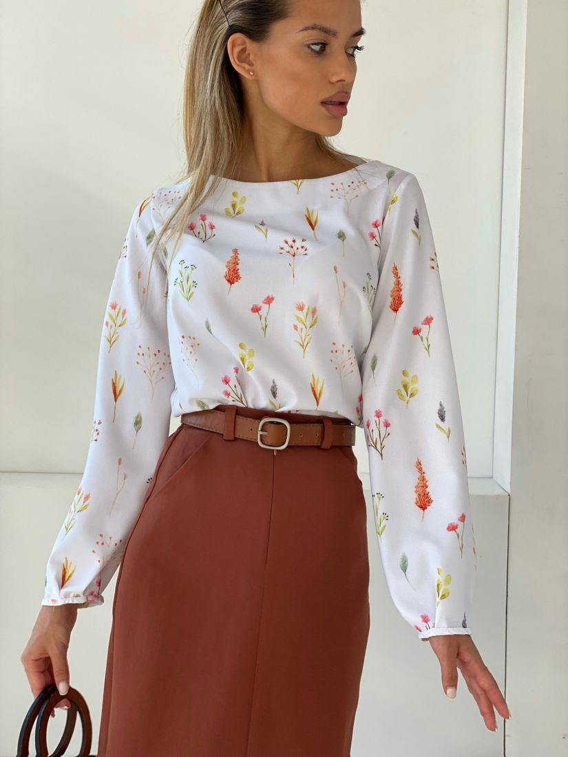 4476 Блуза белая с цветочками