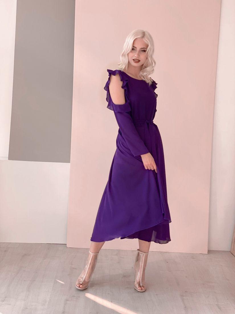 3459 Платье из микрошифона с открытыми плечами фиолетовое