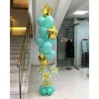 Композиция из шаров  бирюза, декоративное основание