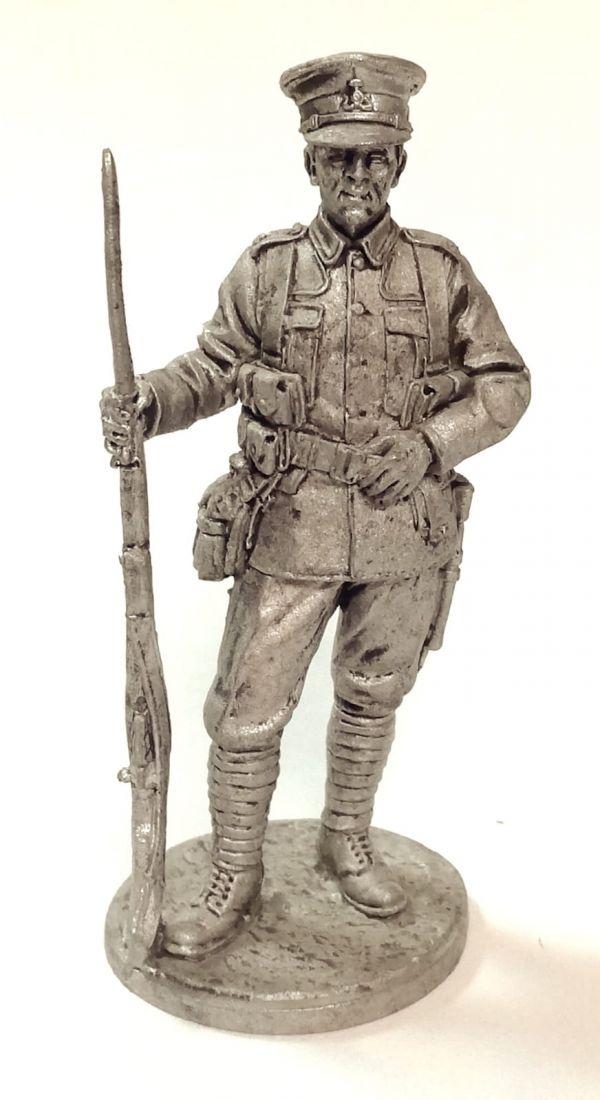 Фигурка  Рядовой пехотного полка. Великобритания Олово