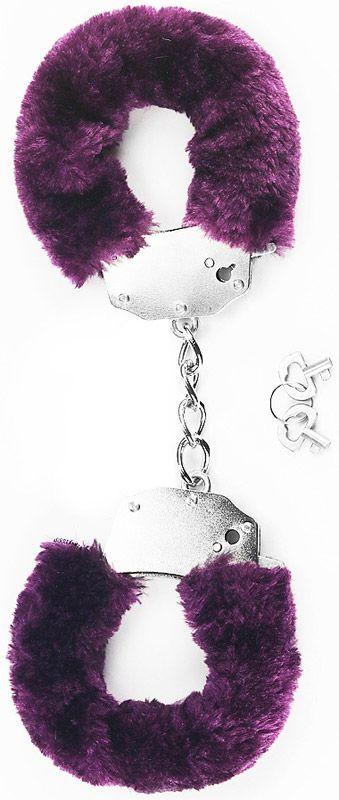 Наручники в фиолетовой меховой опушке