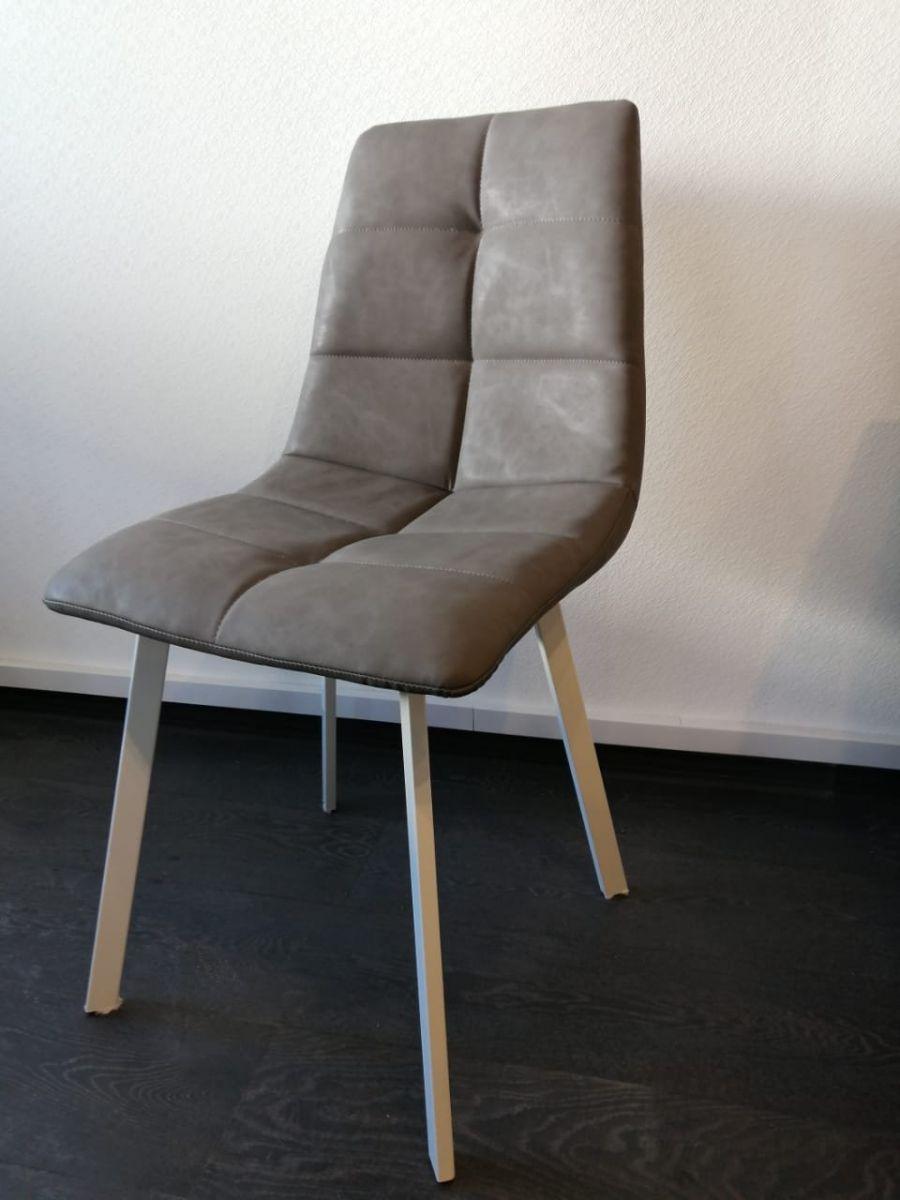 Кресло мягкое DC814