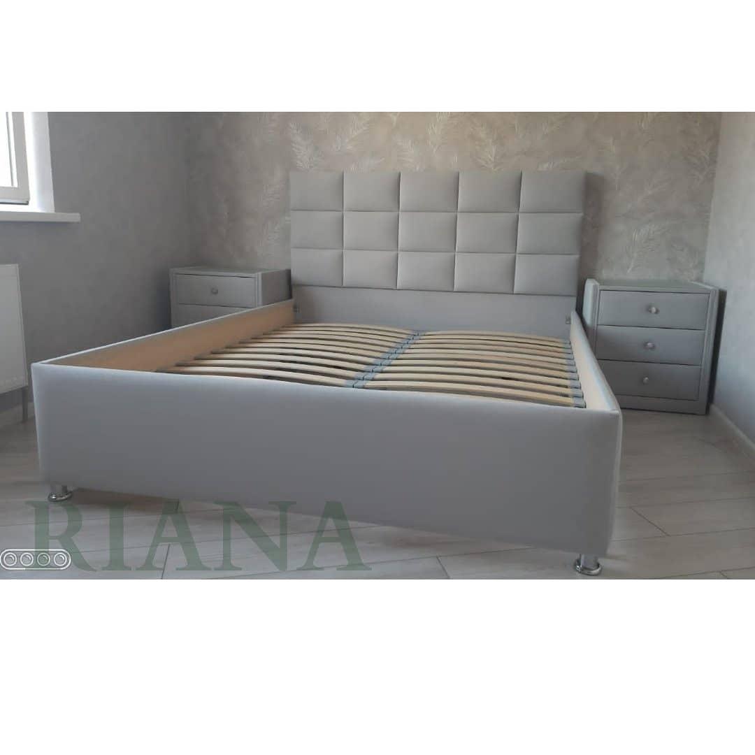 Кровать Квадро с прикроватными тумбами на 3 ящика.
