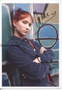 Автограф: Камила Бордонаба. Мятежный дух / Rebelde Way