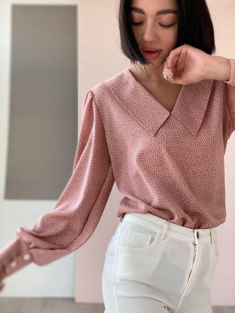 4534 Блуза пудровая в горошек