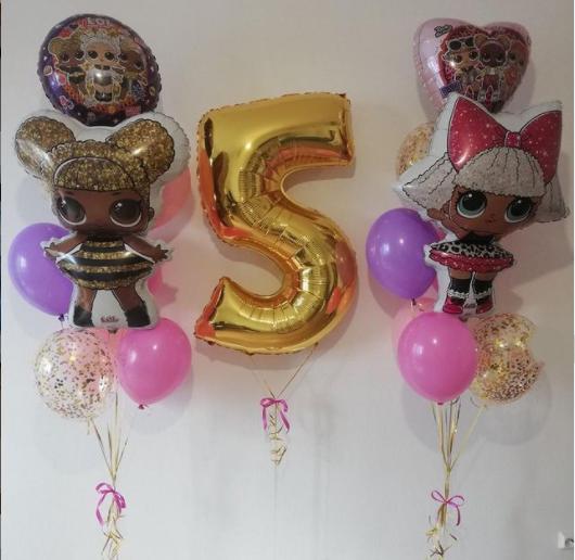 Яркие   шарики с фигурами кукол