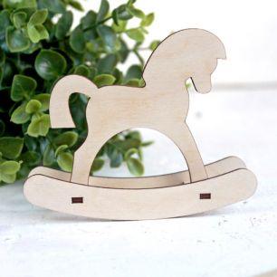 Аксессуар для куклы - Лошадка деревянная, 11 см.