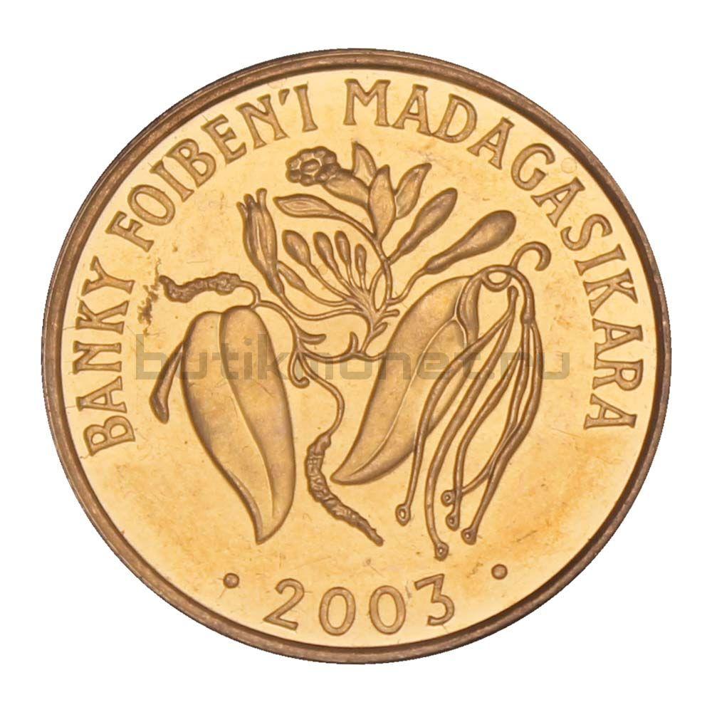 2 ариари 2003 Мадагаскар