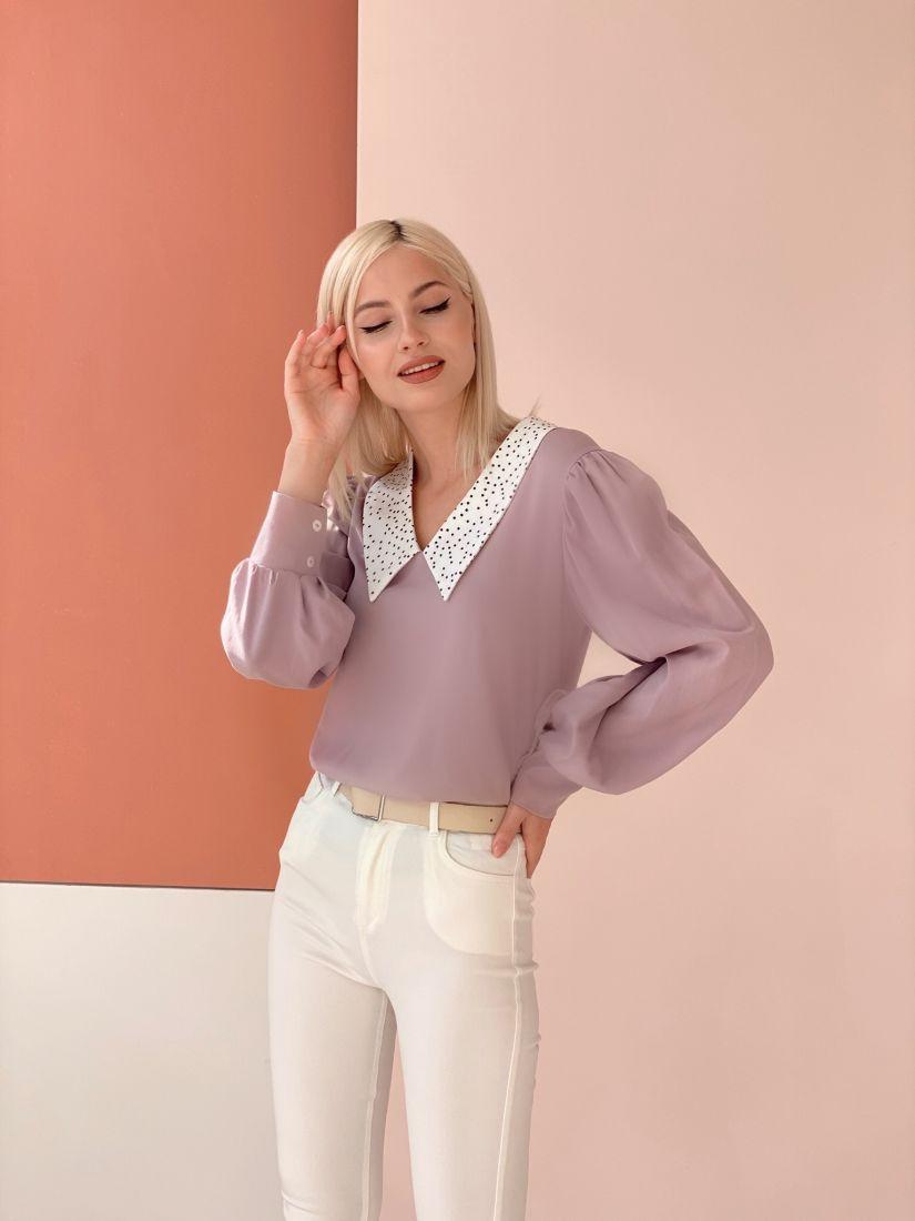 4565 Блуза с акцентным воротником лавандовая