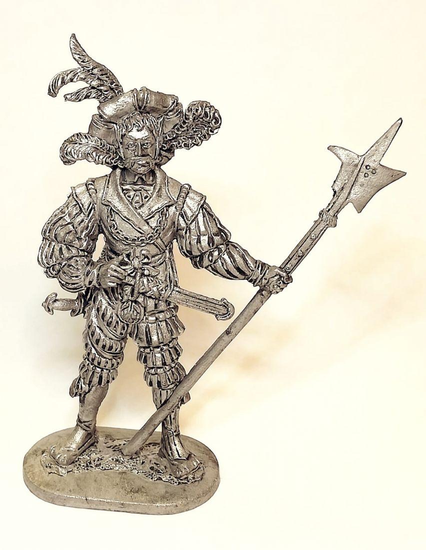 Фигурка Ландскнехт-алебардщик, 15 век олово