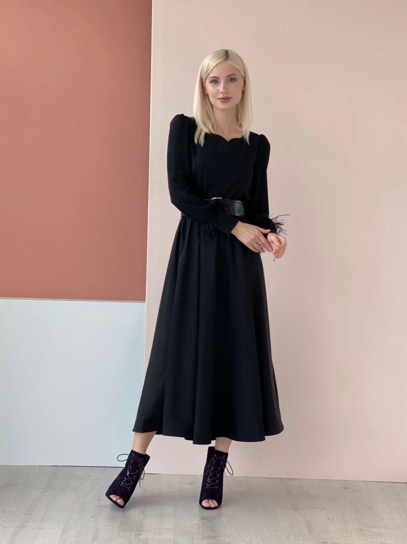 4605 Платье чёрное с пёрышками