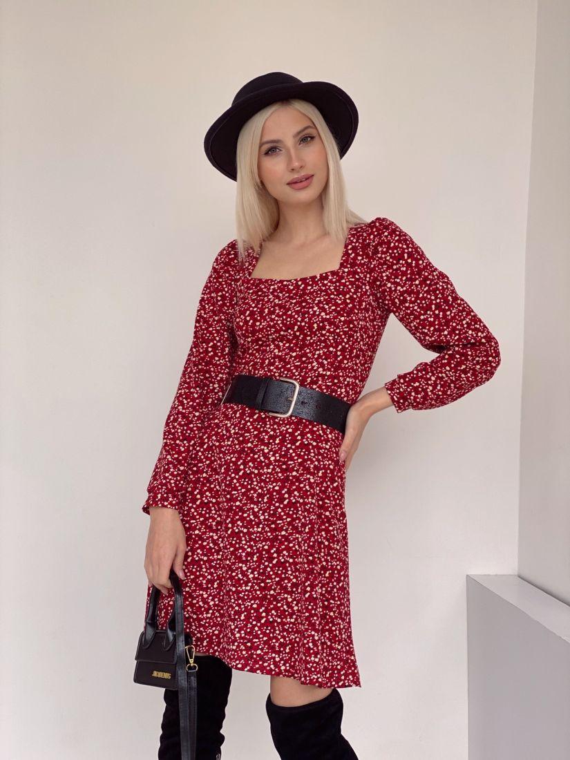 4646 Платье с вырезом каре красное