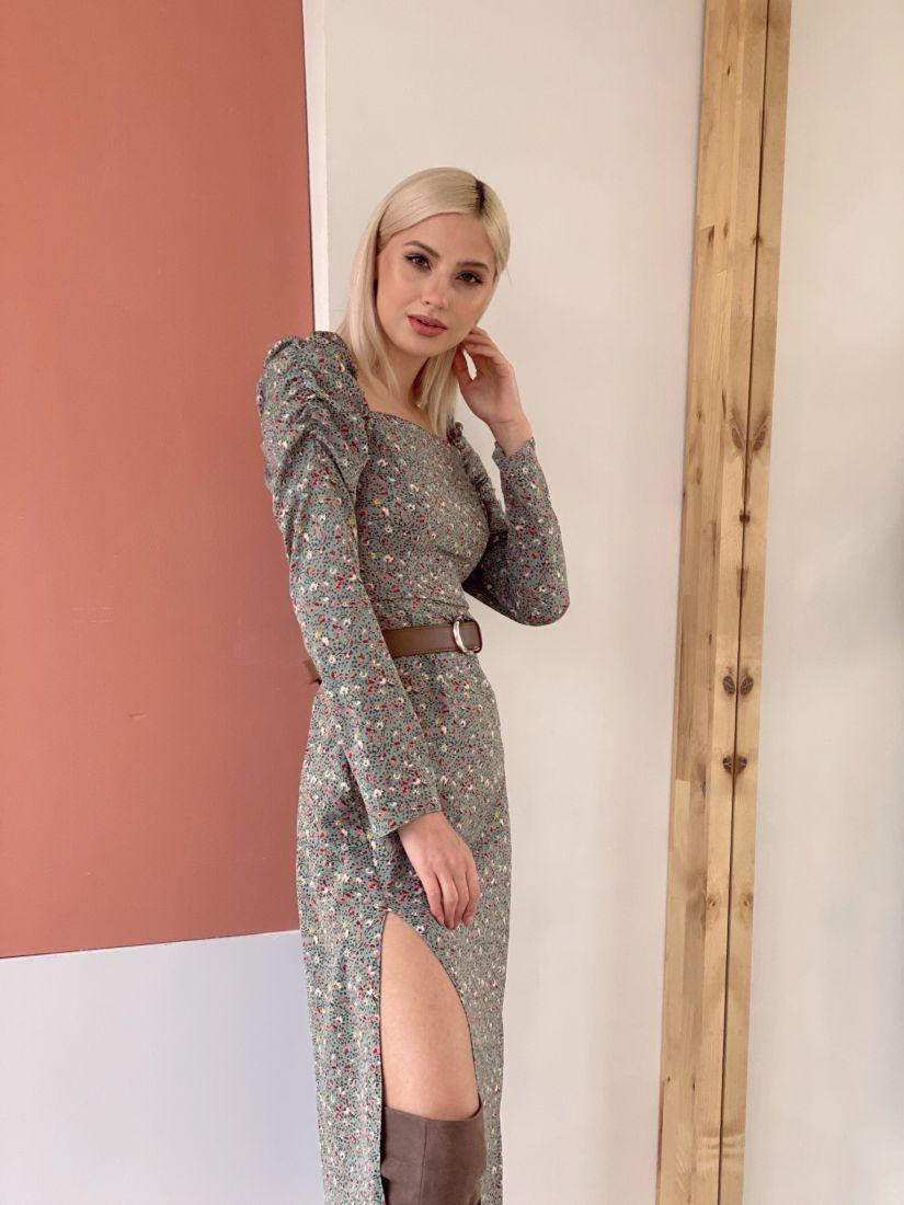 4649 Платье с буфами и вырезом каре фисташковое