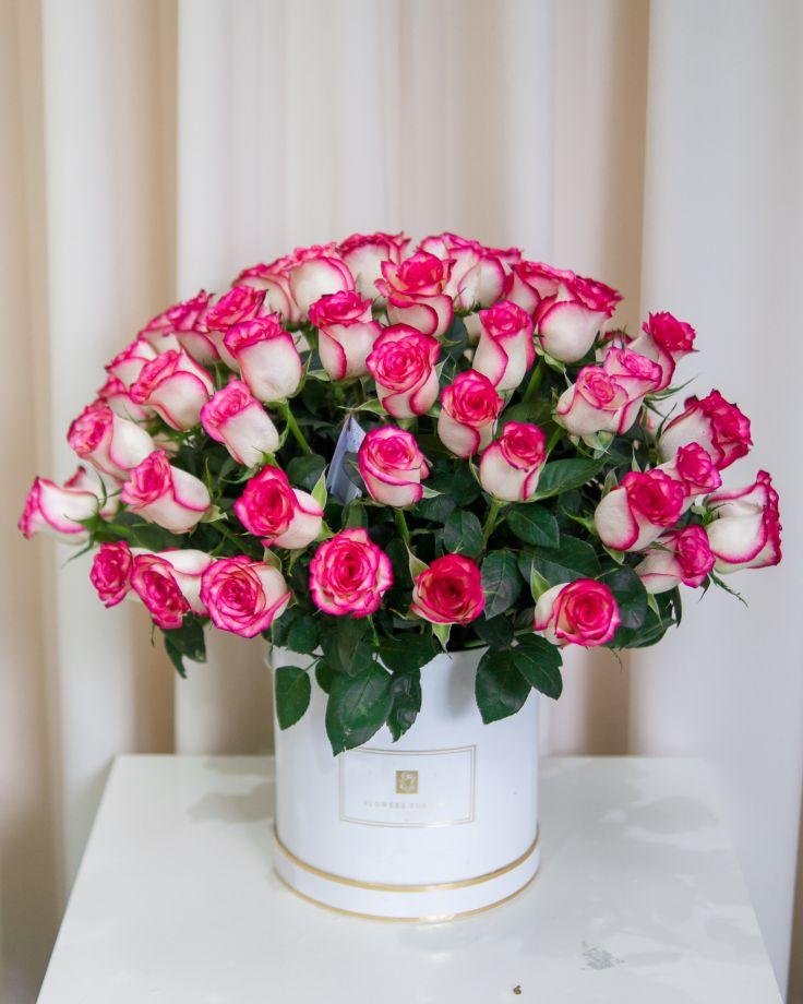 Коробка из 51 кенийской розы