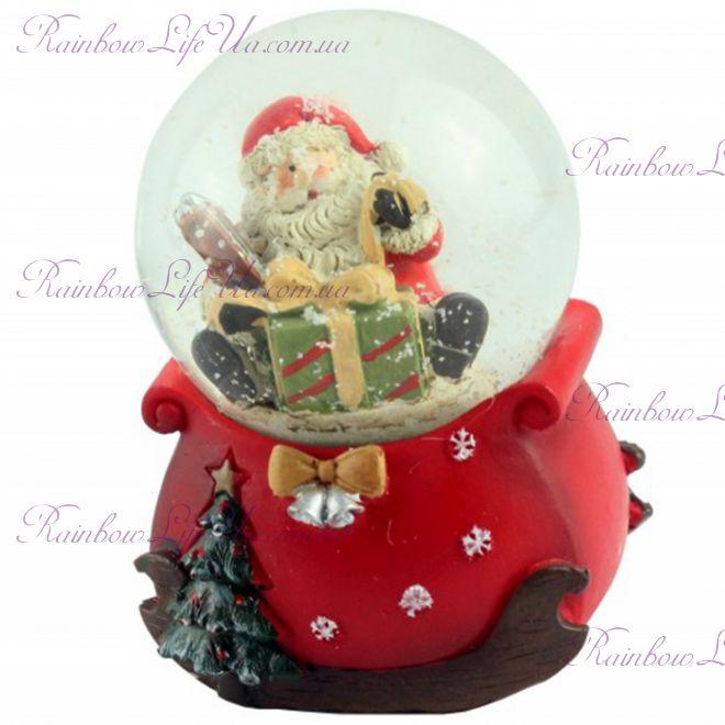 """Снежный шар """"Санта с подарком"""", 9 см"""