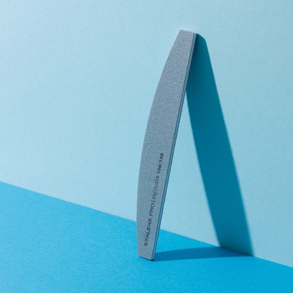 Пилка для ногтей, минеральная (полумесяц) Staleks Pro Exclusive, 100/150 грит (Арт. NFX-42/8)