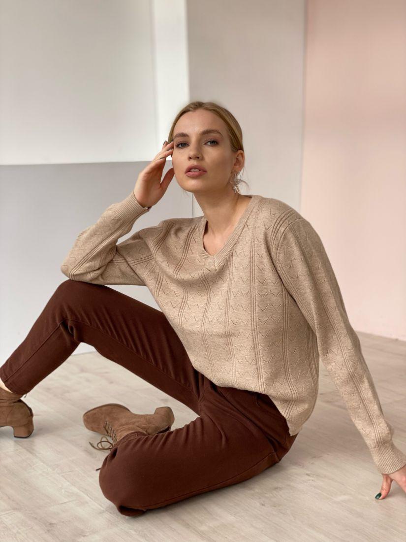 4751 Пуловер с галочками бежевый