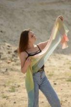 Роскошный тонкорунный палантин (широкий шарф)  Элли Эссиль Опаловый ALLIE ESSIL OPAL LUXURY SCARF , смесь кашемира , шерсти мериноса и шелка, плотность 3