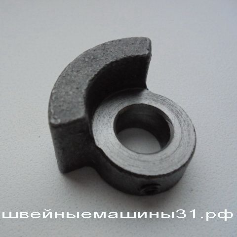 Маховик малый  ОВЕРЛОК JANOME T 72; T 34 И ДР. ЦЕНА 300 РУБ.