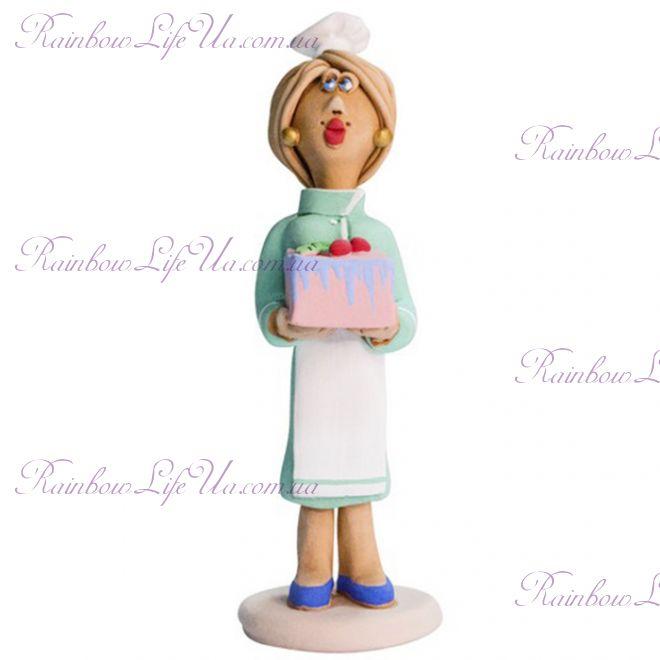 """Статуэтка женщина """"Кондитер с тортом"""""""