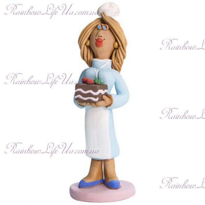 """Статуэтка женщина """"Кондитер с тортиком"""""""