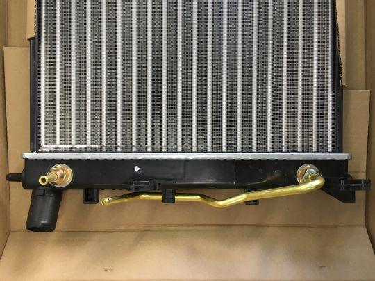 Радиатор охлаждения HYUNDAI SOLARIS (11-) SAT SGHY0016R
