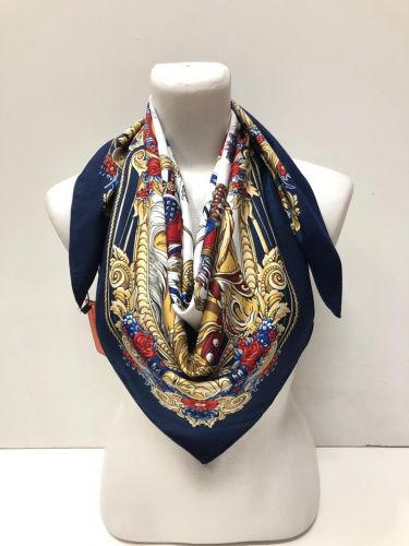 Платок из натурального шёлка в античном стиле 100х100см LV011