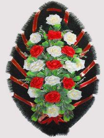 Ритуальный венок из искусственных цветов #25 красно-белый из роз и зелени