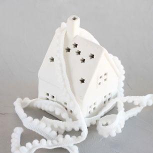 Тесьма с помпонами  для творчества, белый