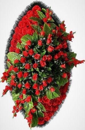 Венки из искусственных цветов от 1580 рублей