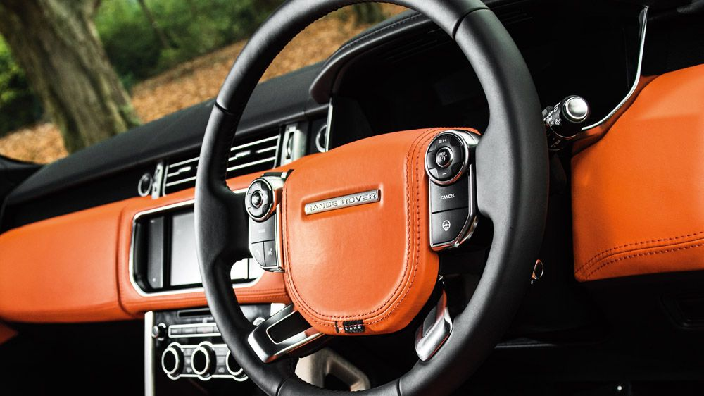 Обшивка торпеды (Range Rover Vogue 2013)