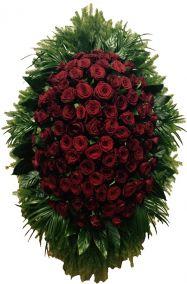 Траурный венок из живых цветов #15