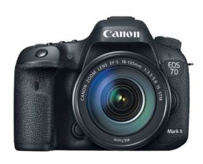 Canon EOS 7D Mark II Kit 18-135mm f/3.5-5.6 IS STM
