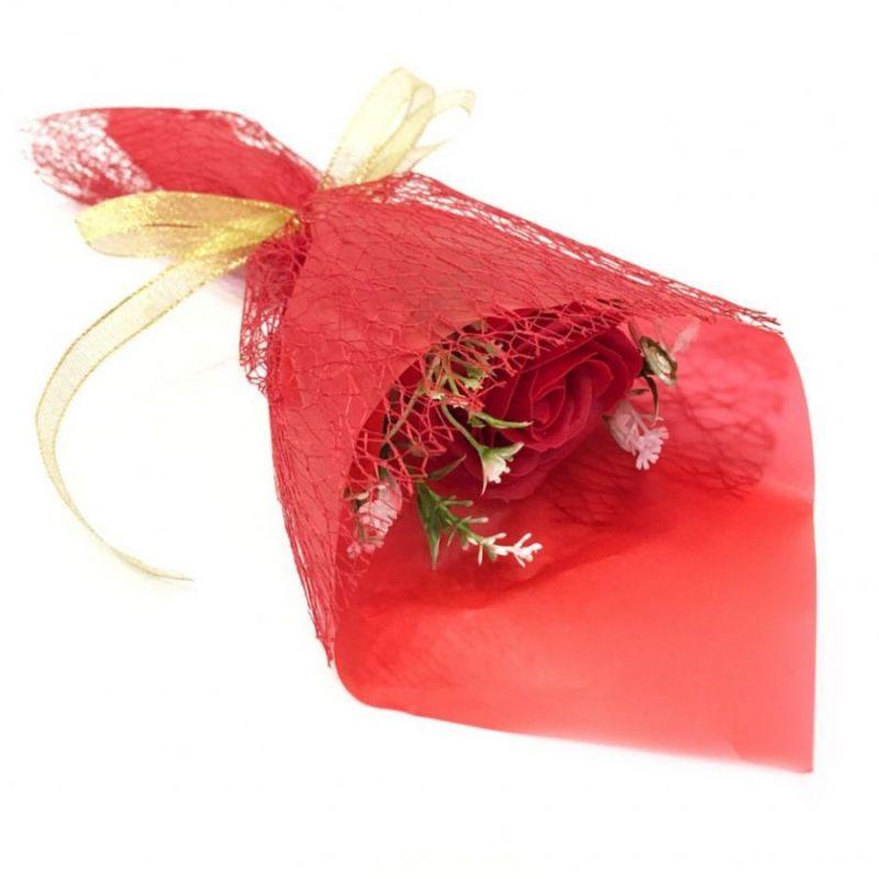 Букет из парфюмированного мыла в бумажной упаковке, 40 см, цвет красный