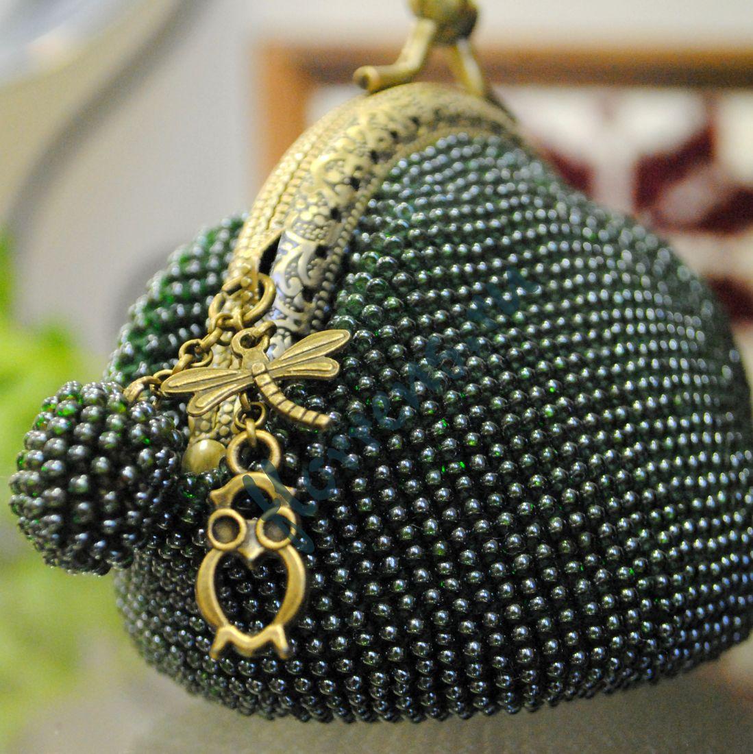 Кошелек - монетница из бисера / темно-зеленый