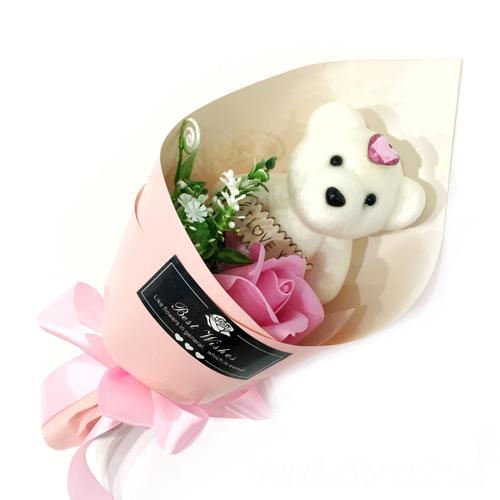 Букет из ароматического мыла в виде розы с игрушкой Best Wishes