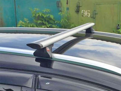 Багажник на интегрированные рейлинги Ford Focus 3 sw universal 2011-..., Amos Alfa, крыловидные дуги